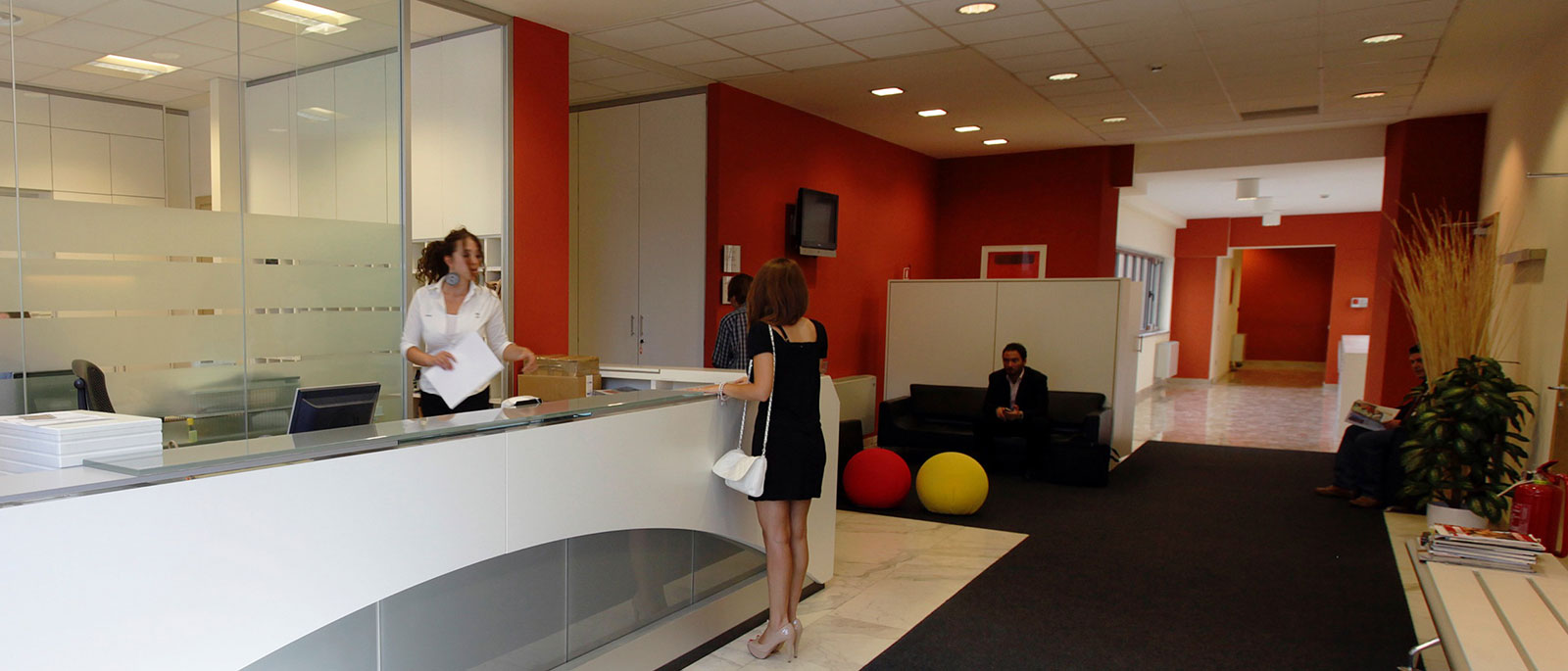 Reception-Eur-NEW-01 Pickcenter